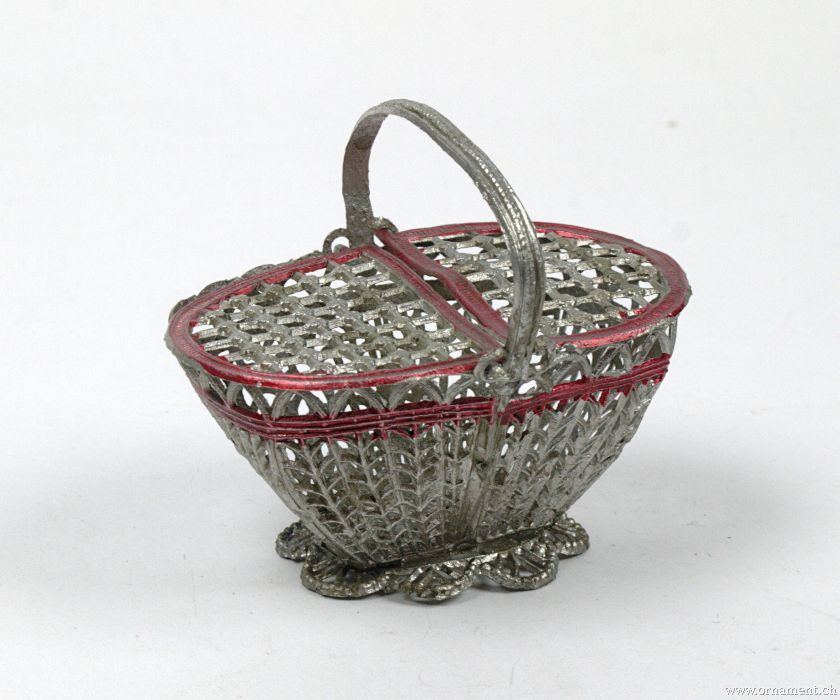 Tin Basket with Handle