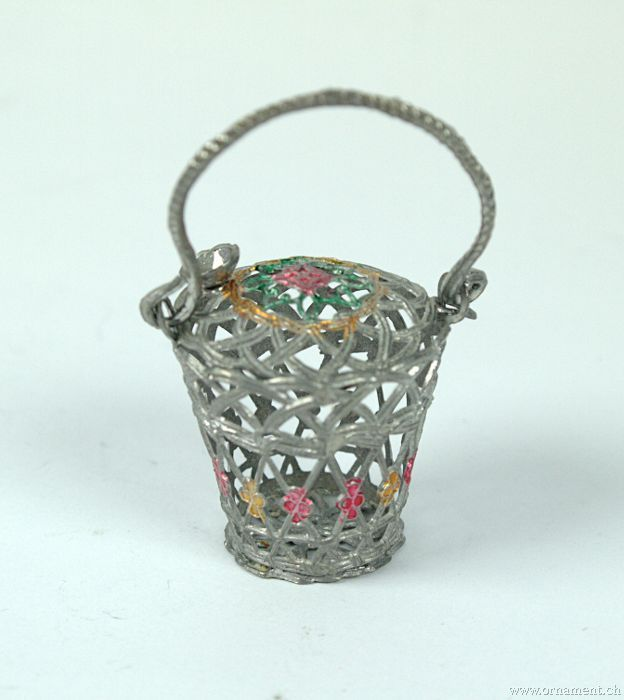 Little Tin Basket Candycontainer