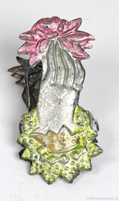 Candle clip with hand motiv