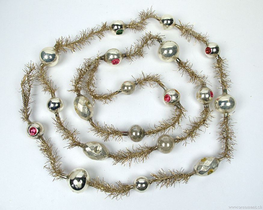 Tinsel Garland with Silver Beads
