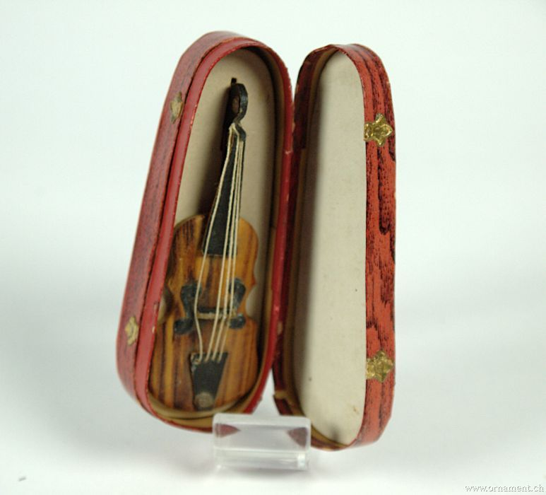 Violin with Box (Dresden)