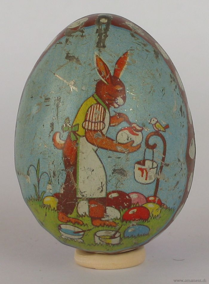 Tin Easter Egg Candycontainer with Rabbit